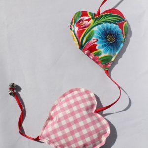 Voorbeeld hartenslinger van tafelzeil