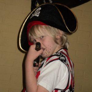 Piratenkleding in de piratenkist